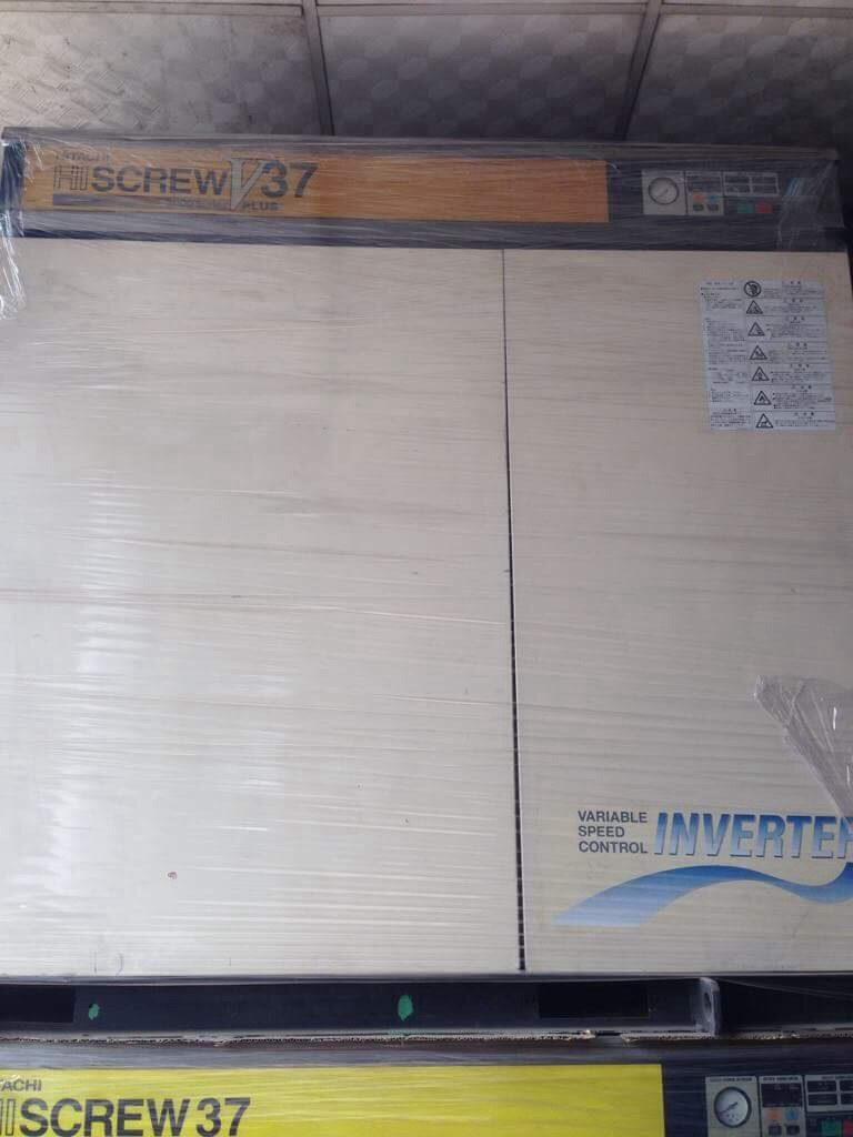 Máy nén khí trục vít cũ Hitachi Hiscrew 37kw (seri 2000) Inverter